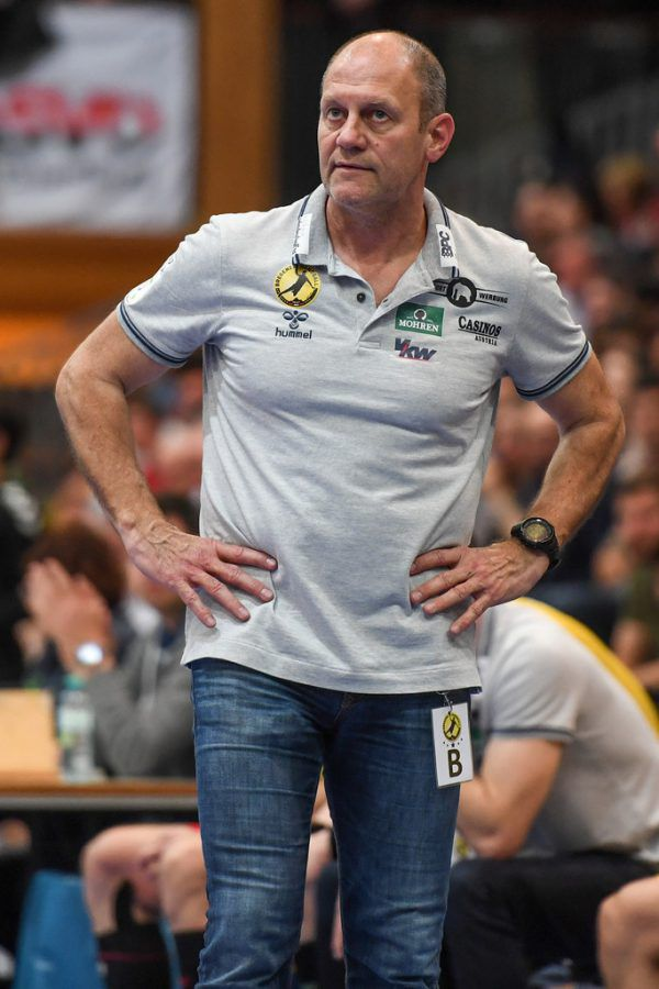 Die bisherigen Saisonderbys waren an Spannung und Intensität nicht zu überbieten (l.). Markus Burger will nun mit Bregenz liefern.Gepa/Lerch (2)