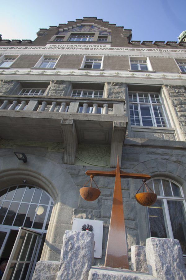 Verfahren am Landesgericht Feldkirch.Hartinger
