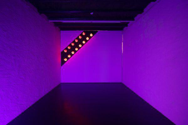 """Der Keller des Künstlerhauses wird zum """"Darkroom""""."""