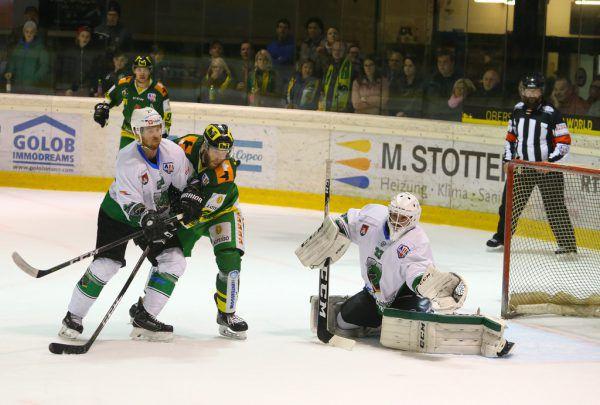 Zu stark für den EHC waren die Drachen von Olimpija Ljubljana.Klaus Hartinger (2)