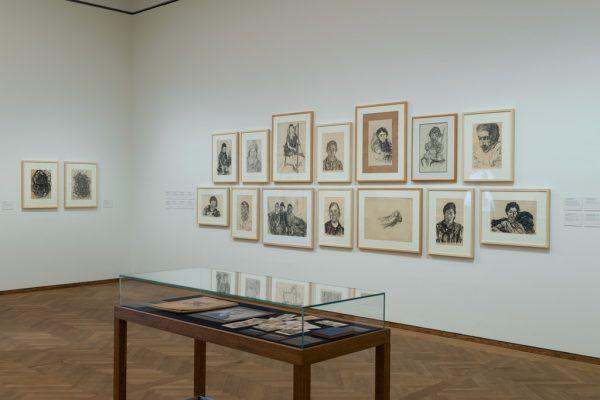 Links zwei Selbstbildnisse von Edmund Kalb (links 1930, rechts 1940).vorarlberg museum/Robert fessler (1)/privat/rudolf Sagmeister (1)/Leopold Museum, Wien/Leni Deinhardstein (1)