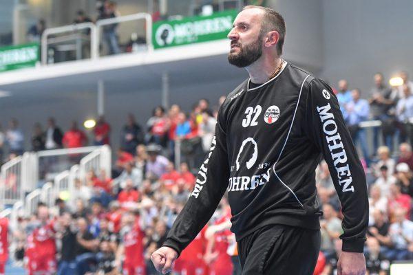 Tormann Golub Doknic war am Dienstag der Garant für den Harder Sieg gegen Krems.Gepa/Lerch