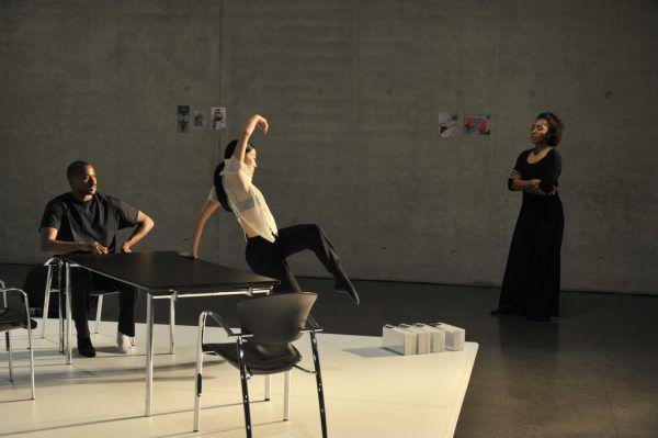 """Uraufführung im Kunsthaus Bregenz: Francesca Harper (r.) war mit ihrem Stück """"Mystory: An Unapologetic Body"""" beim Bregenzer Frühling zu Gast.Rudolf Sagmeister"""