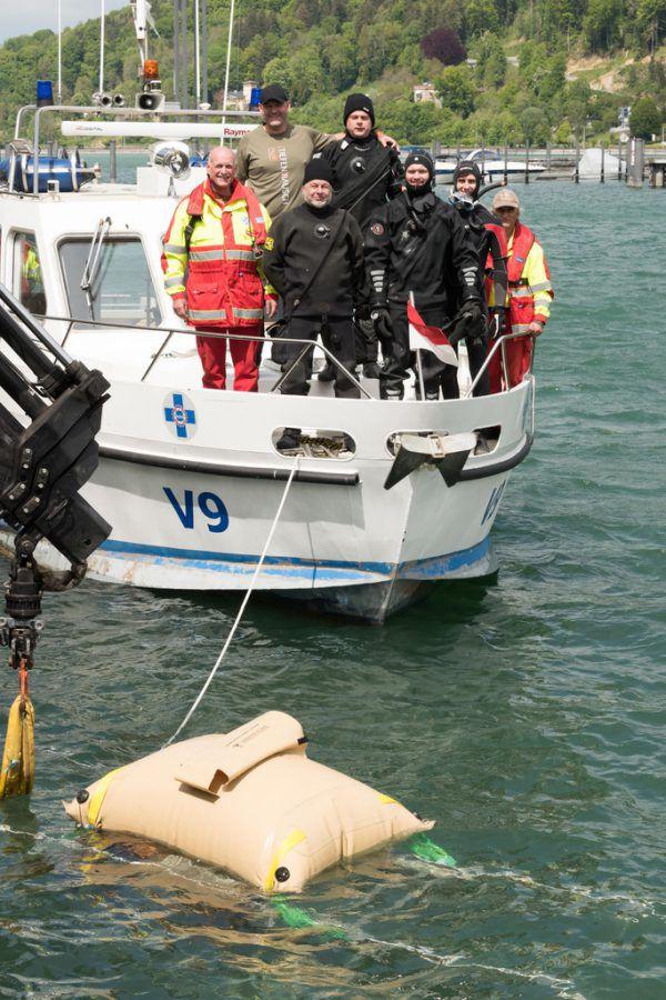Zwei Taucherteams, Wasserrettung und Wasserpolizei waren für das Projekt im Einsatz.Ditemar Stiplovsek