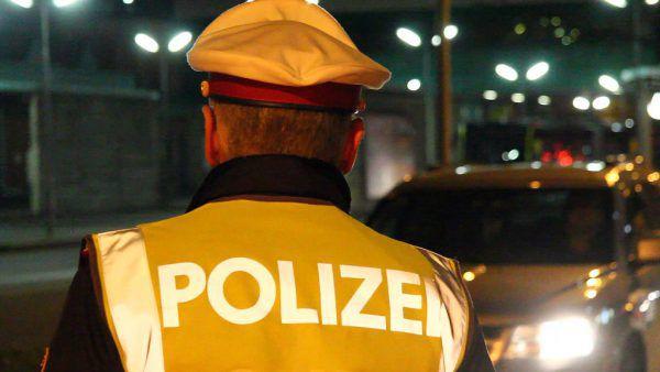 Am Pfingstwochenende gab es mehrere Schwerpunktkontrollen der Polizei. Symbolbild/vol.at