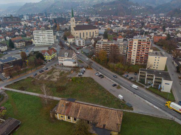 Auf dem Gelände des ehemaligen Gasthofs Rose entsteht ein Sparmarkt.Klaus Hartinger