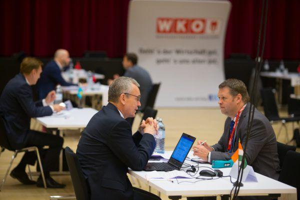 Die Ländle-Unternehmer nutzten die Gelegenheit zum Austausch.Klaus Hartinger (3)