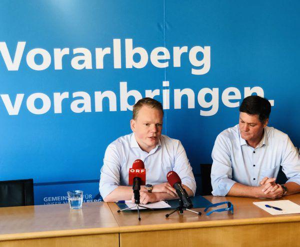 Christof Bitschi und Daniel Allgäuer präsentierten gestern die Ergebnisse der konstituierenden Sitzung. FPÖ/Archiv