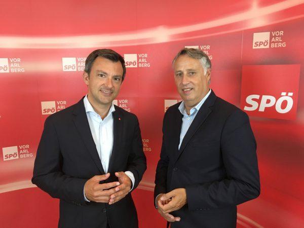 Martin Staudinger (l.) und Thomas Hopfner zeigten sich überrascht von der neuen Kandidatin für den Parteivorsitz. SPÖ