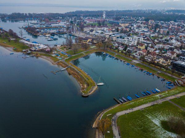 Die Fläche zwischen den beiden Häfen sollte laut Leitbild weg.Philipp Steurer
