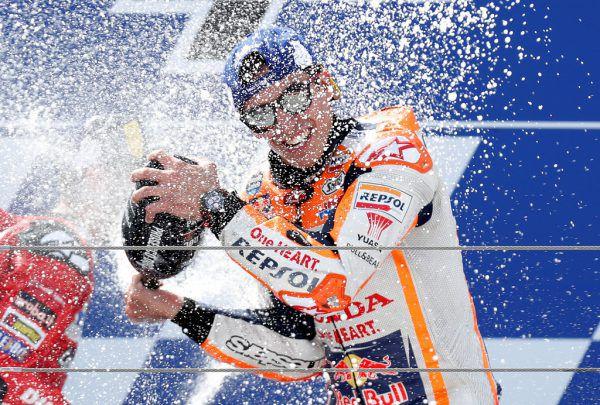 Marquez in Champagnerlaune.Reuters
