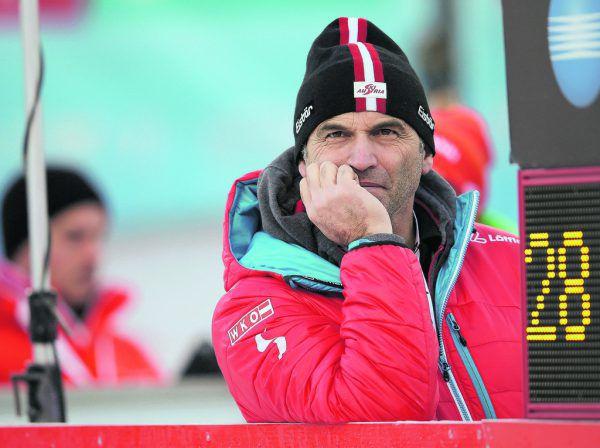 ÖSV-Sportdirektor Toni Giger ist nicht erfreut über die Entwicklungen der vergangenen Wochen. GEPA