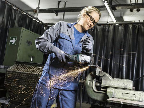 Programm Fit – Frauen in Handwerk und Technik wirkt Fachkräftemangel entgegen.AMS