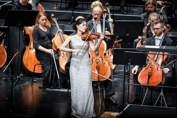 Violinistin Ye-Eun Choi beim Meisterkonzert. Udo Mittelberger