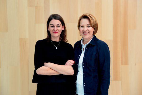 Bettina Steindl mit Andrea Kaufmann. Victor Marin Roman