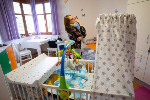 Bis zu einem Jahr dürfen die Frauen in dem Haus Mutter & Kind der Caritas wohnen.