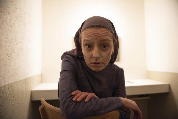 "Claudia Renner in ""Antigone :: Comeback"". Heinz Holzmann (3)"