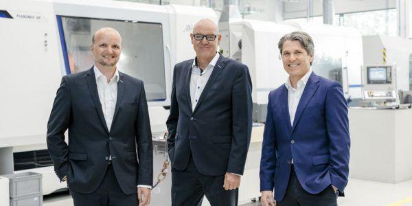 Die Hirschmann-Geschäftsführung besteht derzeit aus Volker Buth (Mitte) und Markus Ganahl (l.). Thomas Mayer (r.) schied einvernehmlich aus. Hirschmann