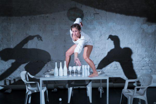 """In """"More"""" ist Silvia Salzmann auch als Tänzerin zu erleben.Sarah Mistura"""