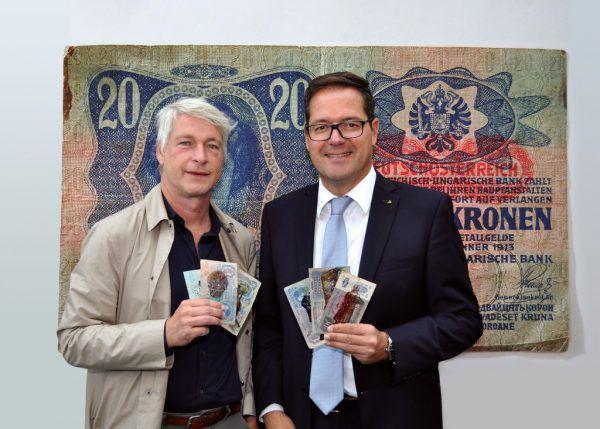Marco Spitzar (l.) mit Martin Jäger, Vorstand der Sparkasse Bregenz. Sparkasse Bregenz