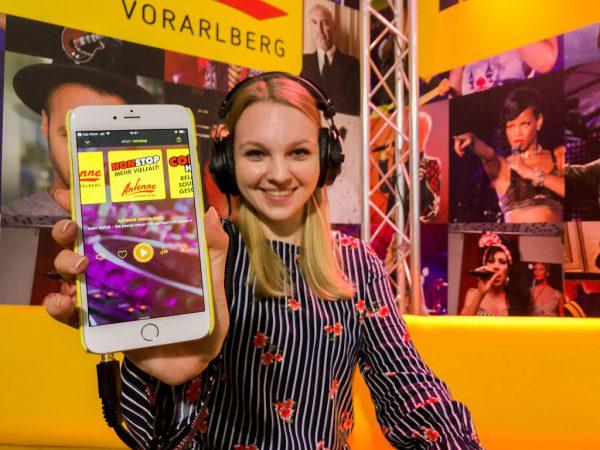 Nonstop-Musikgenuss, ohne Unterbrechung.Antenne Vorarlberg