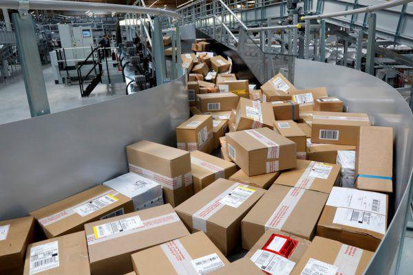 Paketzusteller werden besser vor Ausbeutung geschützt.Symbolbild/Reuters