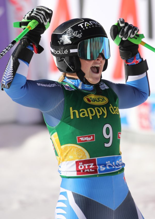 Robinson konnte ihren ersten Weltcup-Sieg bejubeln. APA