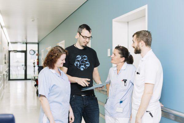 Rund 900 Mitarbeiter gibt es im Krankenhaus Dornbirn.Mathis
