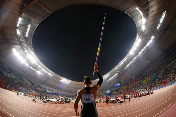 Zehnkampf-Weltmeister Kaul (l.) bei der WM in Katar.Reuters
