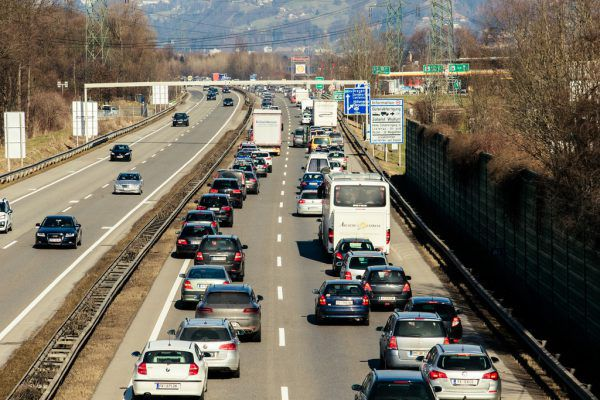 Der Autobahnanschluss Hohenems ist immer wieder überlastet. Die Stadt spricht sich daher gegen eine Mautbefreiung aus.Archiv/Steurer