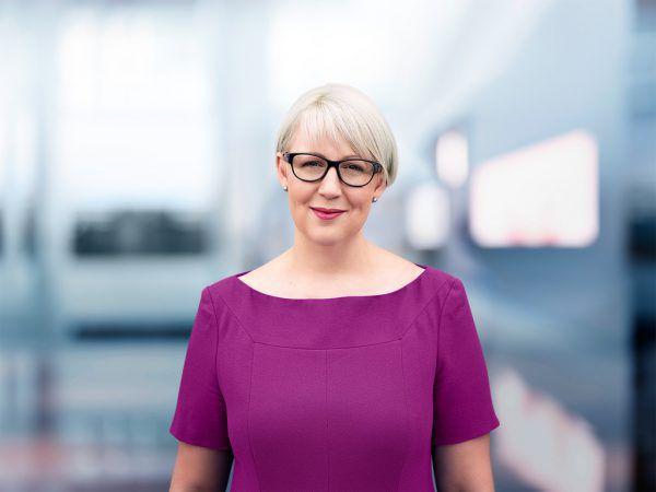 Sabine Scheffknecht. Neos