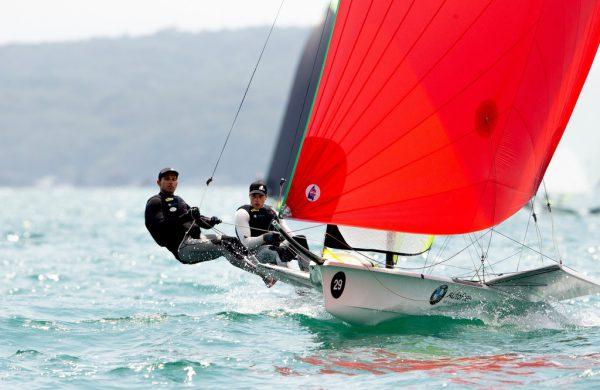 Benjamin Bildstein trainierte zuletzt viel auf dem Rennrad (oben). Bald dürfen er und David Hussl wieder aufs Wasser.Privat, Sailing Energy