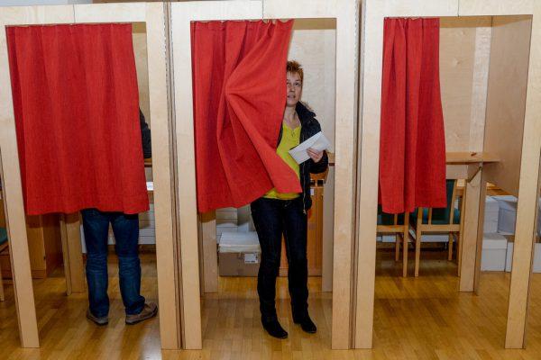 Wer eine Wahlkarte beantragt hat, muss am Sonntag nicht in die Wahlkabine.Lerch