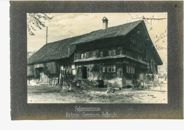 Das Ammannhaus in Lustenau damals (links) und heute (rechts).