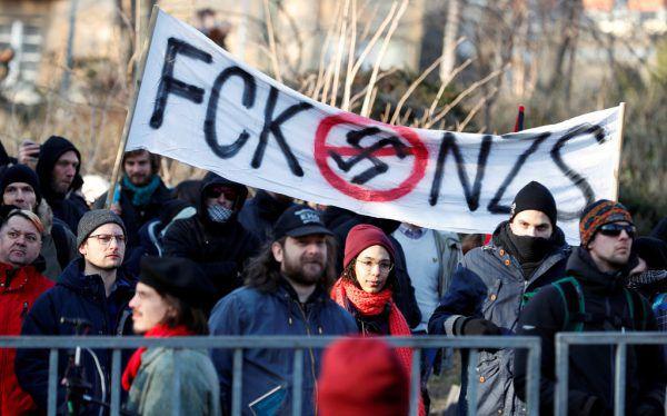 Es gab auch Gegner der Kundgebung. Reuters