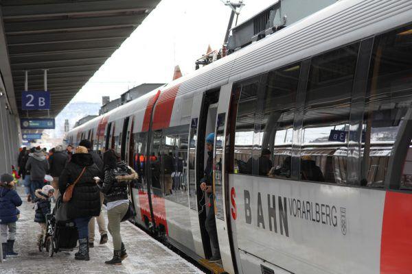 Das 1-2-3-Ticket soll den öffentlichen Verkehr noch attraktiver machen.ÖBB