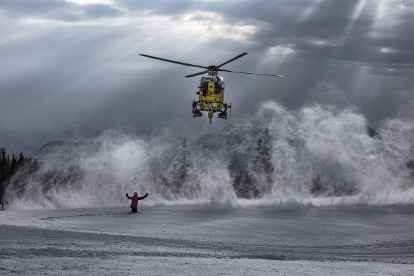Die Flugretter des ÖAMTC rufen zu Vorsicht bei Skitouren auf. Gute Vorbereitung und das Vermeiden von unnötigen Risiken seien Pflicht.ÖAMTC/Postl