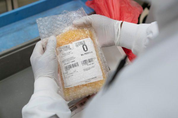 Das Plasma von genesenen Corona-Patienten wird den Kranken zugeführt.Reuters