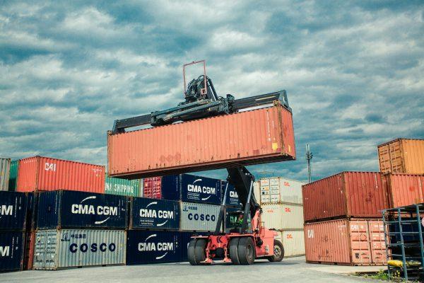 Die Wirtschaft benötigt dieser Tage dringend neuen Schwung: Blick auf den Wolfurter Güterbahnhof. Steurer