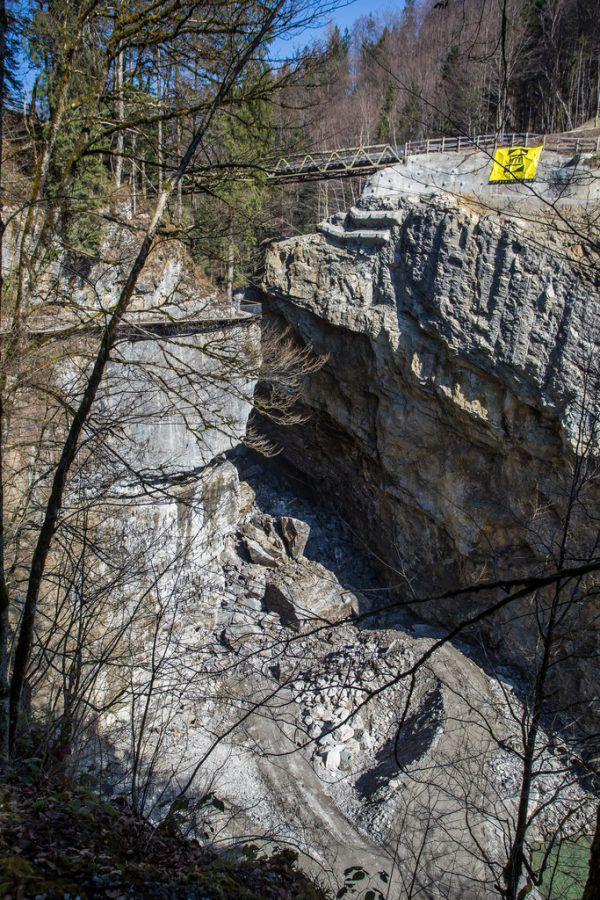 Am 19. März donnerten 10.000 Kubikmeter Gestein in die Rappenlochschlucht. NEUE