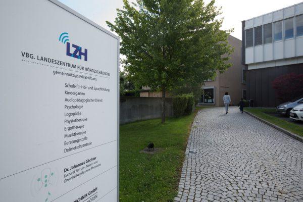 Das Landeszentrum für Hörgeschädigte hat den Betrieb wieder aufgenommen. Hartinger