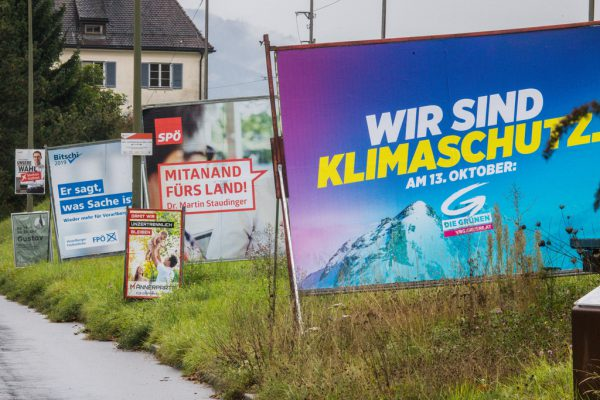Der Ruf nach einem Wahlkampf ohne Plakate wird immer lauter.Archiv/Hartinger