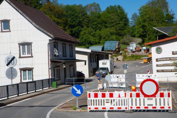 Die Grenze zu Deutschland soll schon bald wieder passierbar sein. Hartinger