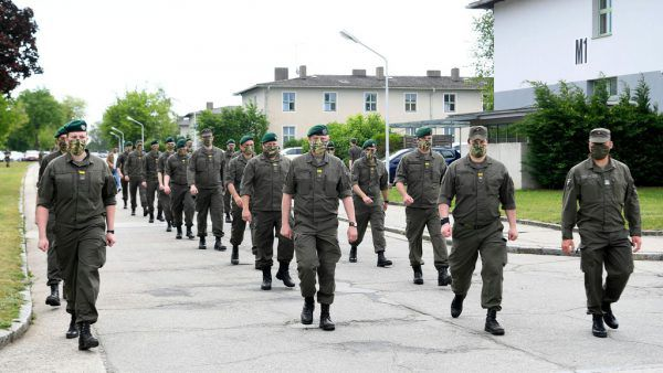 Die Bundesheer-Miliz im Corona-Einsatz.  APA