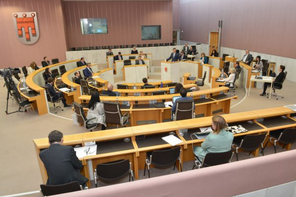 Im Landtag wird am Mittwoch debattiert. Hartinger
