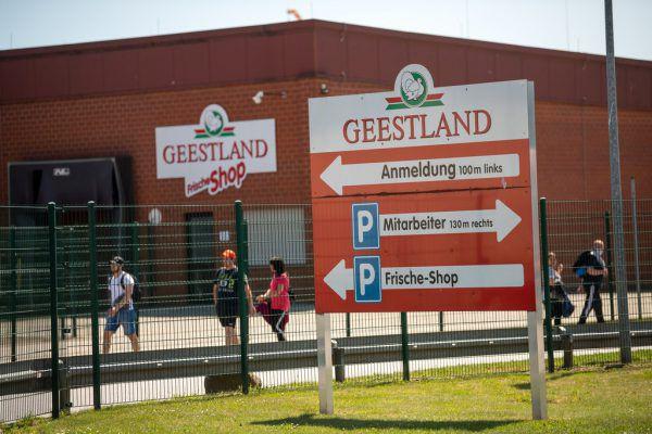 Putenschlachthof Geestland. DPA/Sina Schuldt