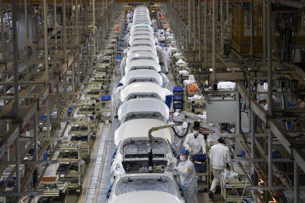 Autobauer setzen weiter auf China als Produktionsstandort.AP