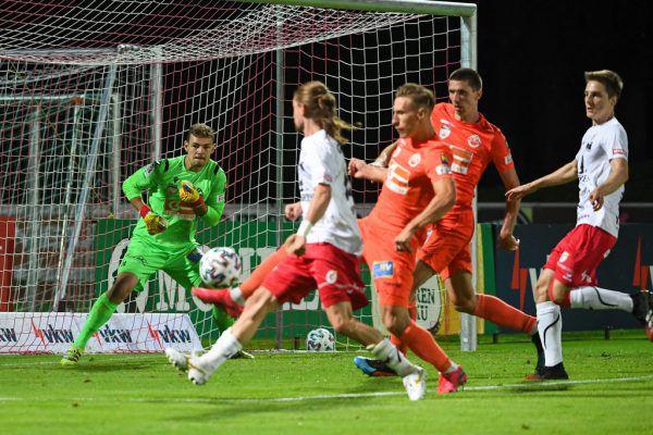 Der FC Dornbirn dreht das Spiel nach 0:2-Rückstand noch in einen deutlichen Heimerfolg.gepa/lerch