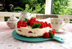 No-Bake-Cheesecake mit Beeren