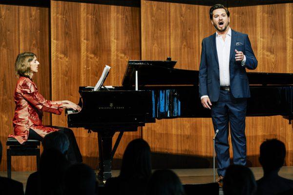 Ein schönes musikalisches Paar: Anna El-Khashem und Johannes Kammler im Seestudio.Bregenzer Festspiele/Anja Köhler